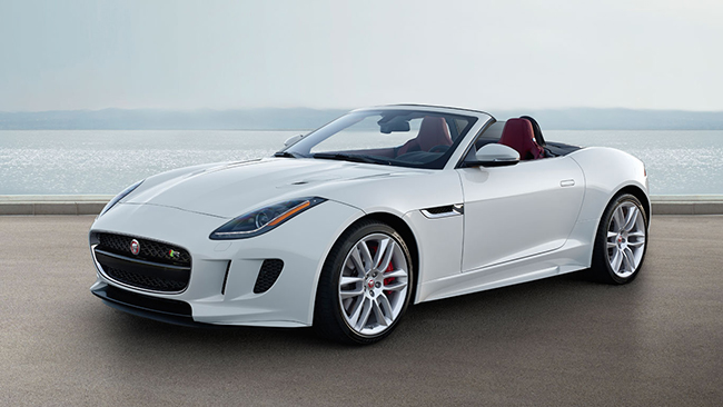 JAGUAR F TYPE R CONVERTIBLE: style and glamour