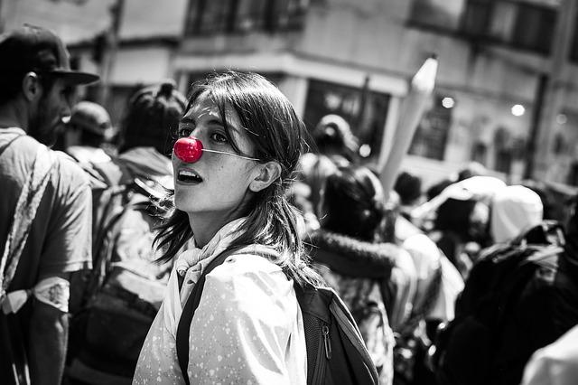 COLOMBIA: UN PAÍS GRANDIOSO DESANGRADO POR LA CORRUPCIÓN