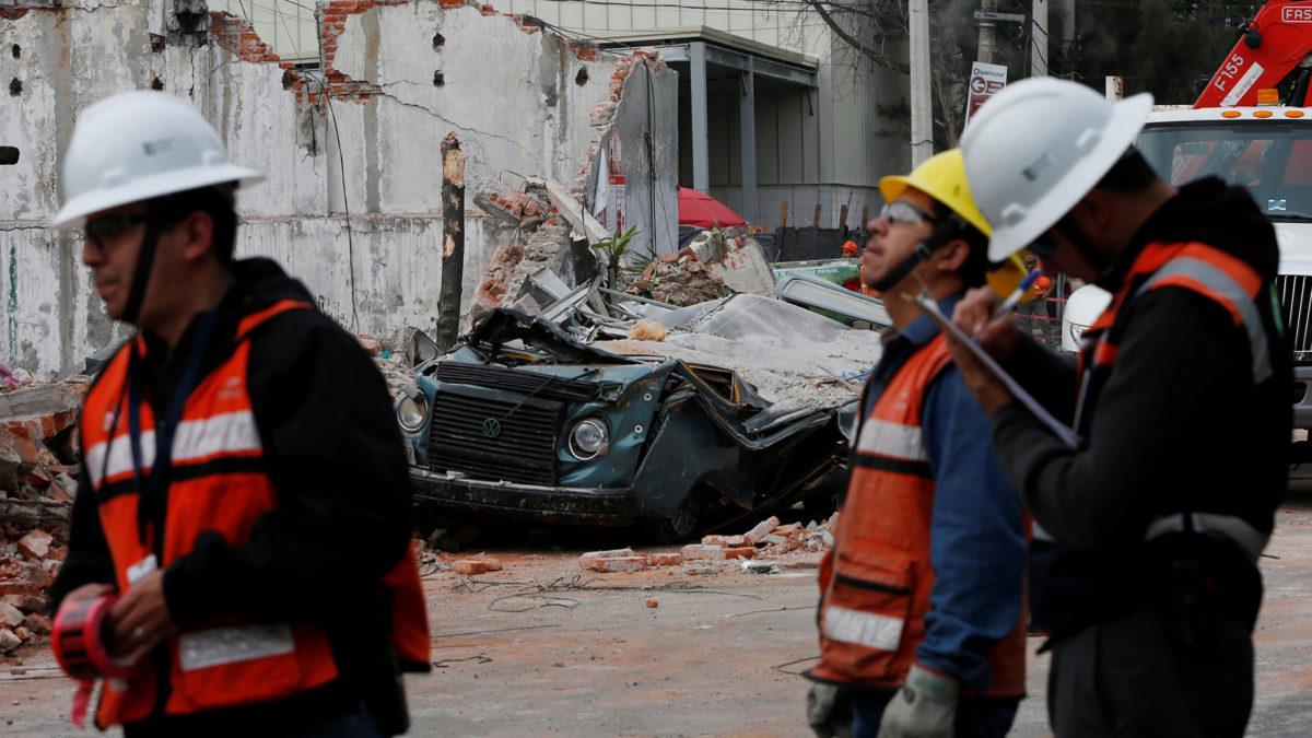 MÉXICO SE UNE PARA HACER EL ÚLTIMO ESFUERZO EN EL RESCATE POR EL TERREMOTO