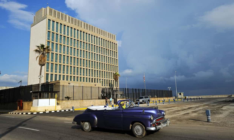 UNA DELEGACIÓN BICAMERAL DE EE.UU. VISITA CUBA