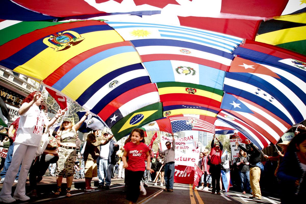 LOS INMIGRANTES EN ESTADOS UNIDOS YA SON 43 MILLONES DE PERSONAS